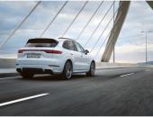 全新保时捷 Cayenne E-Hybrid,E驱高效动力,性能与排放的完美平衡